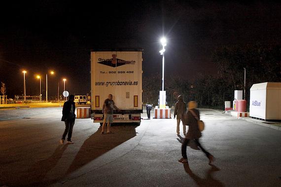 2014-10-29-CalaisImmigration021.jpg