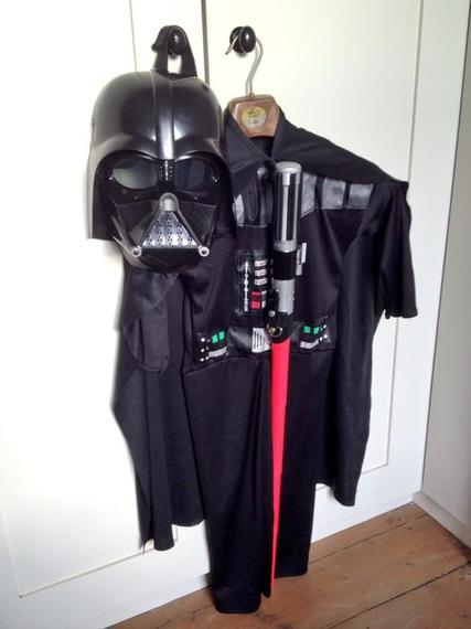 2014-10-29-Vaderoutfithanging.jpg20large