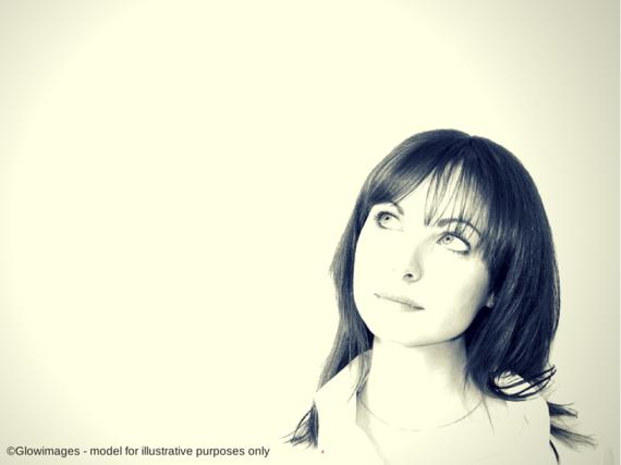 2014-10-30-Glowimagesmodelforillustrative.png