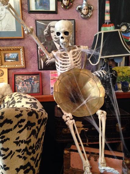 2014-10-30-skeleton.jpg