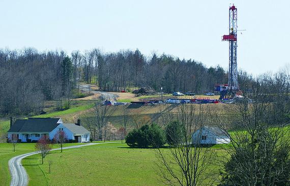 2014-10-31-frackingfarm.jpg