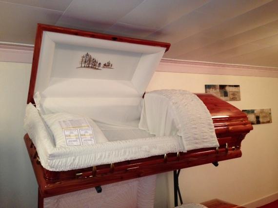 2014-11-03-casket.JPG