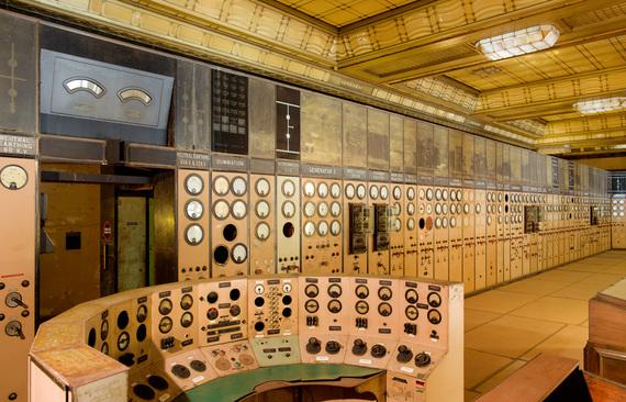 2014-11-04-Battersea_power_station_cocopy.jpg