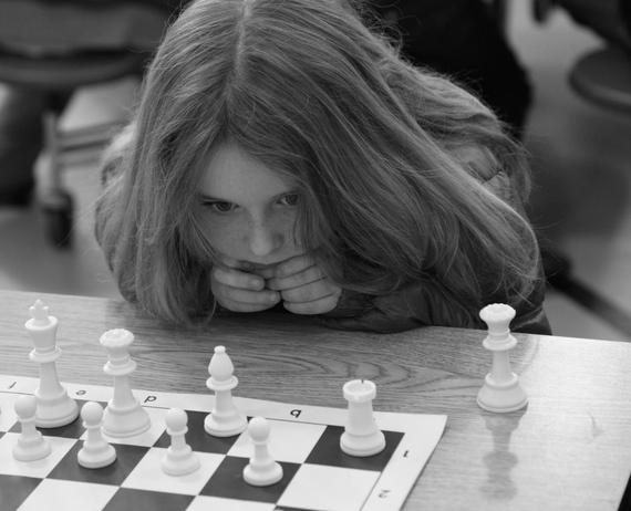 2014-11-05-chessGirl.JPG