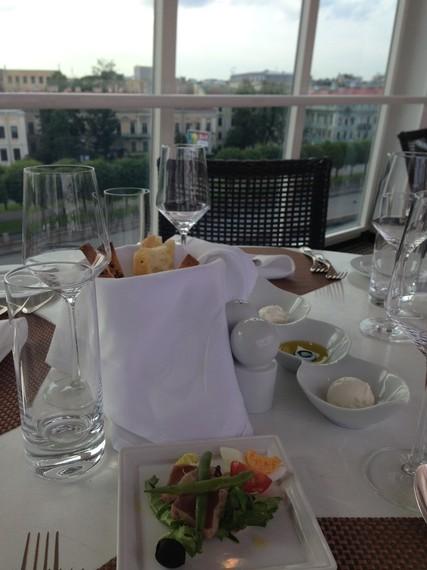 2014-11-06-dinnership.JPG
