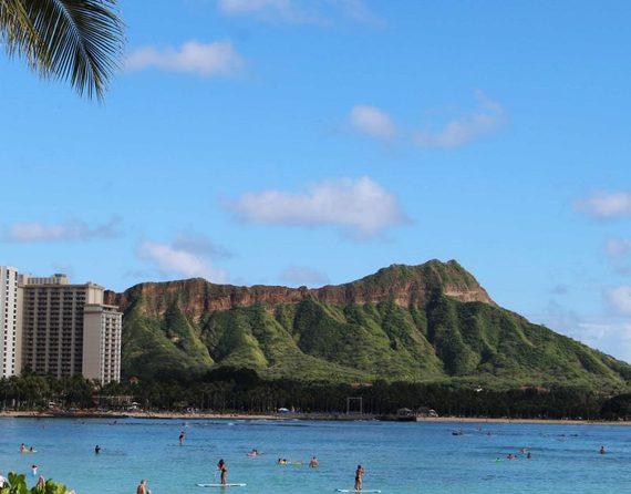 2014-11-08-WaikikiBeach800x626.jpg