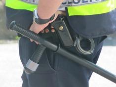 2014-11-09-policeofficer111116_1280.jpg