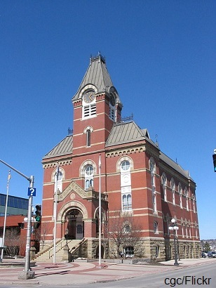 2014-11-10-Fredericton_City_Hall_credit.jpg