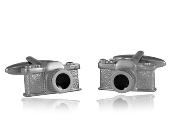 2014-11-10-cameracufflinks.jpg