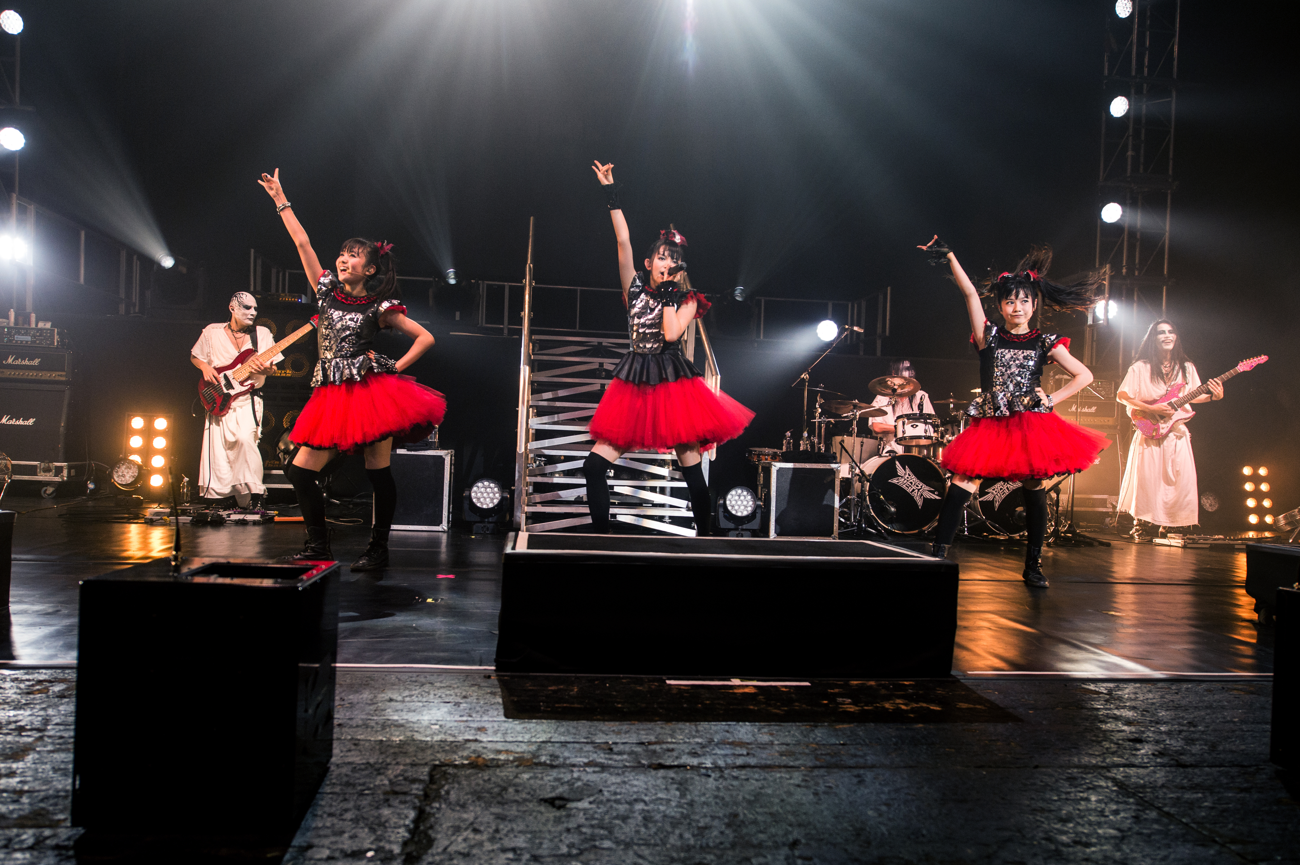 Explain to me why you think BABYMETAL is metal. : BABYMETAL