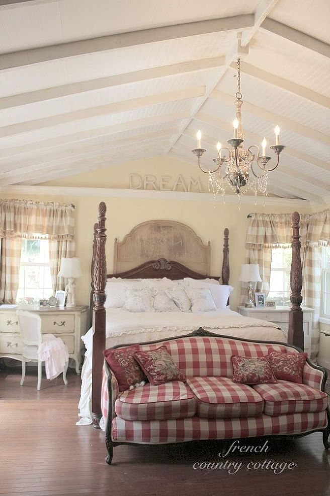 french cottage bedroom via hometalker courtney french country