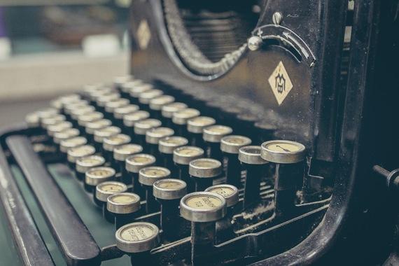 2014-11-11-oldtypewriter.jpg