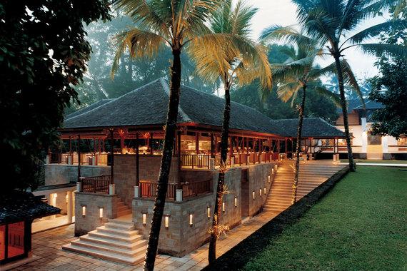2014-11-14-ComoShambhalaEstateGlowRestaurant.jpg