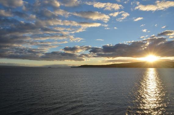 2014-11-17-LakeTaupo.jpg
