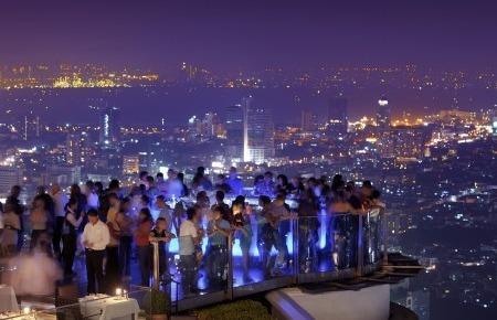 2014-11-17-rooftopsbangkok.jpg
