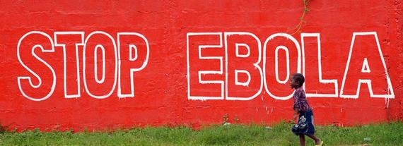 2014-11-18-ebola_landing_02.jpg
