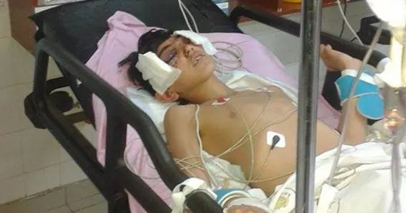 2014-11-20-202548_Ali_zdemir_injured_in_hospital_after_the_shooting_02.jpg