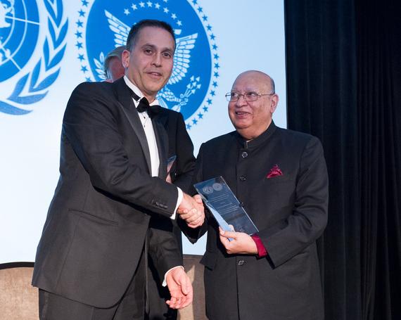 2014-11-20-United_Nations_Award_Lord_Loomba__Credit__UN_NYA1.jpg