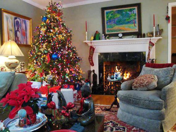 2014-11-23-HolidayHappiness.jpg