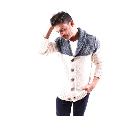 2014-11-23-jaxsweater.png