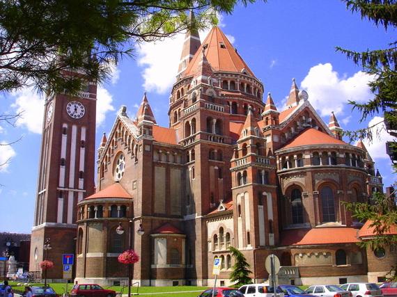2014-11-24-Cathedral_of_SzegedGregoryKovacswikicommons.jpg