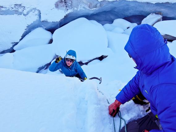 2014-11-25-Climbingcrevasse.jpg