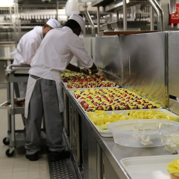 The Bizarre World Of Cruise Ship Kitchens HuffPost - Cruise ship kitchen
