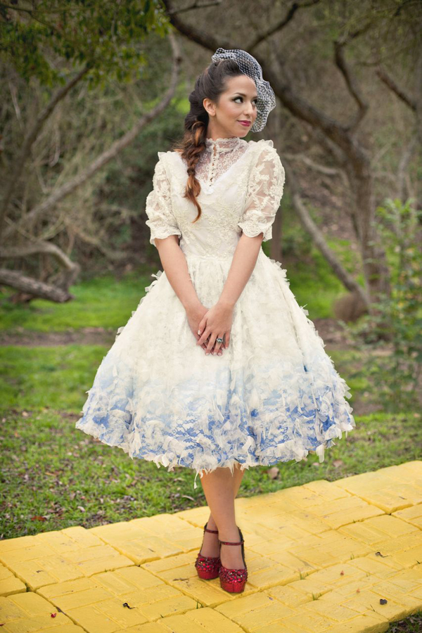 7 Unique Ways To Add Color To Your Wedding Dress Huffpost Life