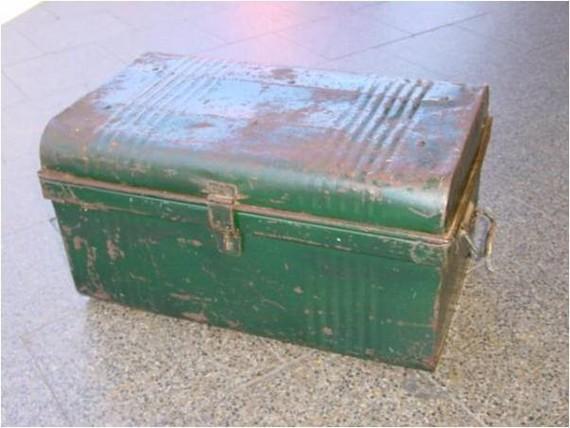 2014-11-28-trunk.jpg