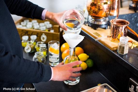 2014-12-02-Jamie_Baxter_Gin_School_Blending_Water_with_Distillate.jpg