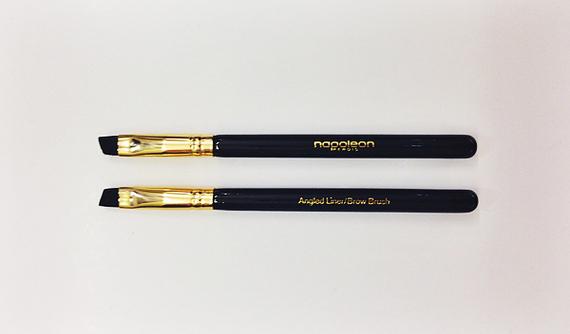 2014-12-02-angledlinerbrush.jpg