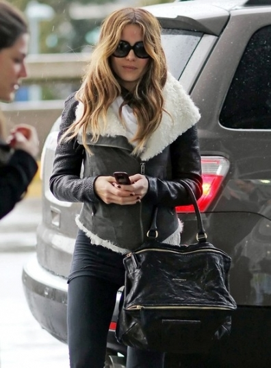 2014-12-02-kate_beckinsale_nokia.jpg
