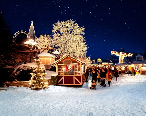 2014-12-02-liseberg_sweden_lights.jpg