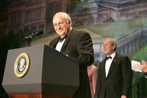 archives.gov photo of Bush, Cheney
