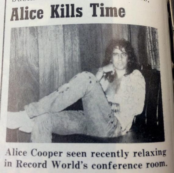 2014-12-03-AliceKillsTime.jpg