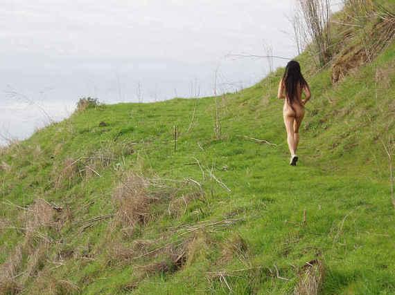 2014-12-04-NudityLaws_2.jpeg