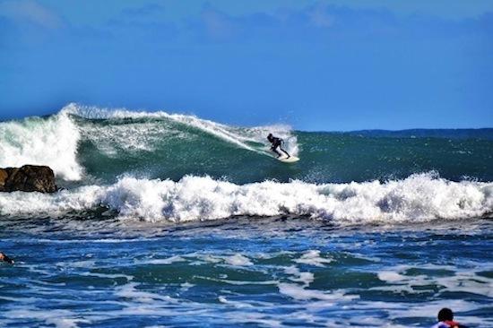 2014-12-04-SurfingatPlayaDeMananzasNavidadChile.jpg