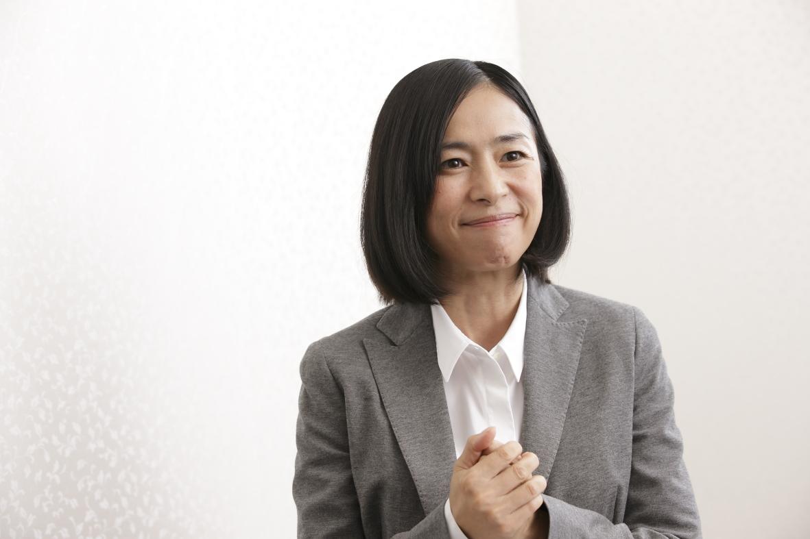 西田尚美 スーツ