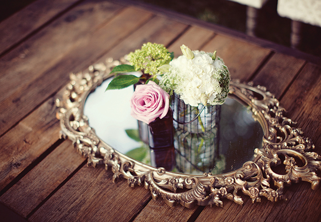 8 Ways To Add Glam Factor To Your Reception Using Mirrors