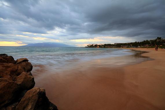 2014-12-10-MauiBeachcMikeMcCune_FlickrCreativeCommons.jpg