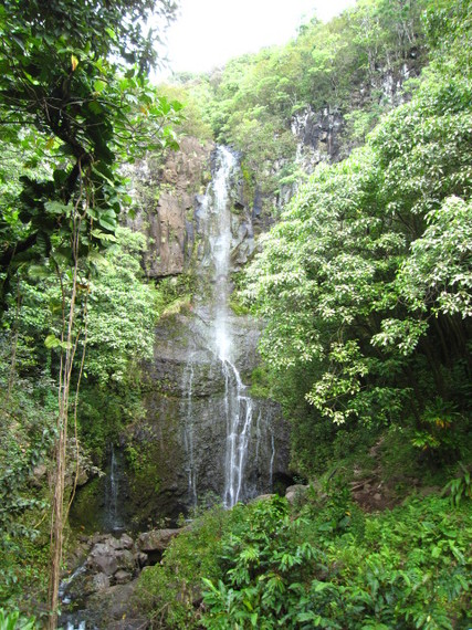 2014-12-10-MauiWaterfall_cCaitlynWisher_FlickrCreativeCommons.jpg