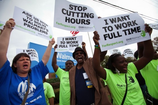 2014-12-10-Walmartprotest555x369.jpg