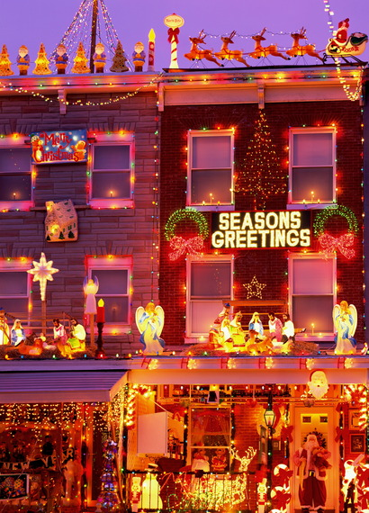 The best u s neighborhoods to see holiday lights in