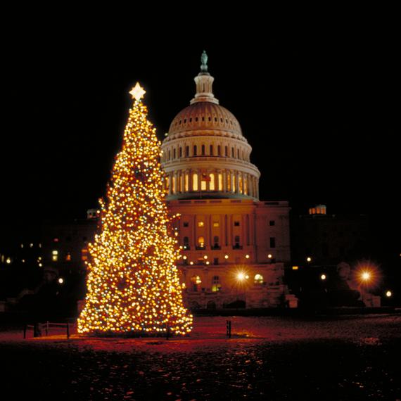 2014-12-12-CaptiolXmas.jpg
