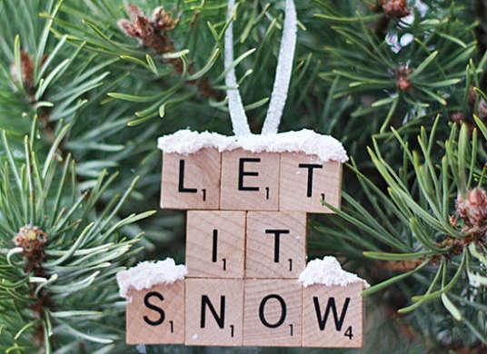 2014-12-12-Ornament_ScrabbleTile.jpg