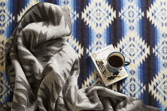 2014-12-12-one_kings_lane_holiday_gift_trends_pendelton_blankets.jpg