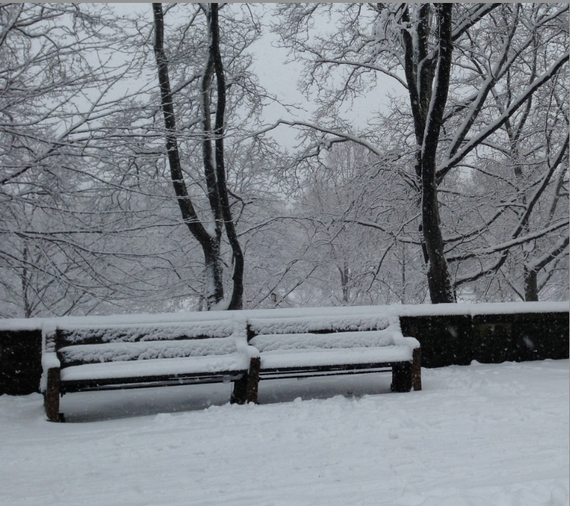 2014-12-14-snowybench.png