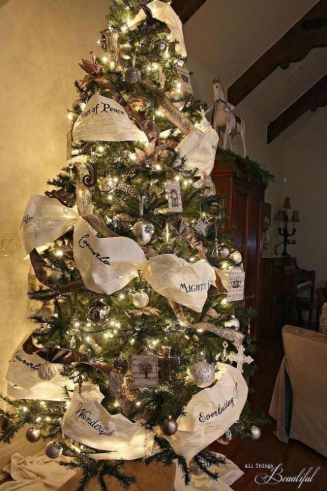 Christmas Decoration 2014 these 21 christmas trees perfectly match your favorite holiday