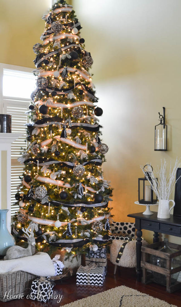 12 Christmas Tree.These 21 Christmas Trees Perfectly Match Your Favorite