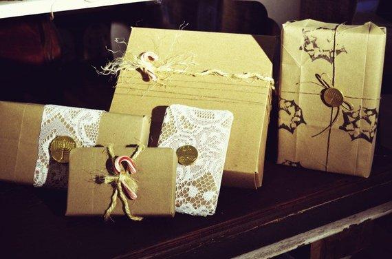 2014-12-16-giftwrap1800x529.jpg